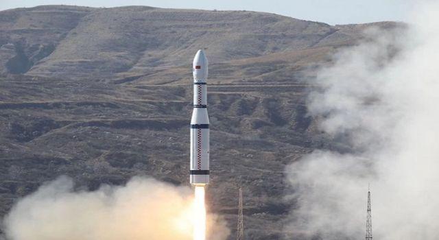 Çin dünyanın ilk 6G deneme uydusunu uzaya gönderdi