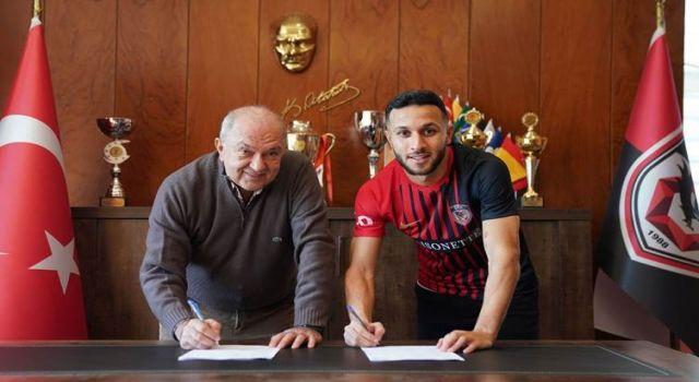 Yıldız Kürt futbolcu Antep'e transfer oldu