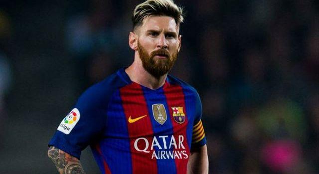 Messi rekor kırdığı maçta giydiği kramponların gelirini kanser hastası çocuklara bağışladı