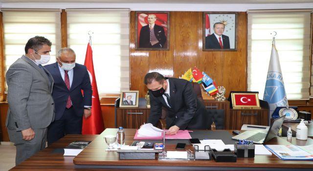 Hakkari'de büyük halk pazarı protokolü imzalandı