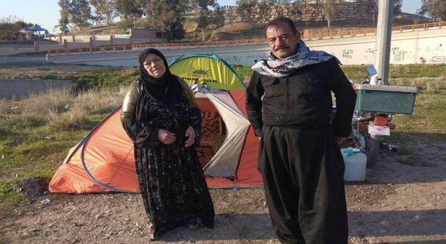 Vali sokakta kalan Kürt mahalli sanatçıya sahip çıktı