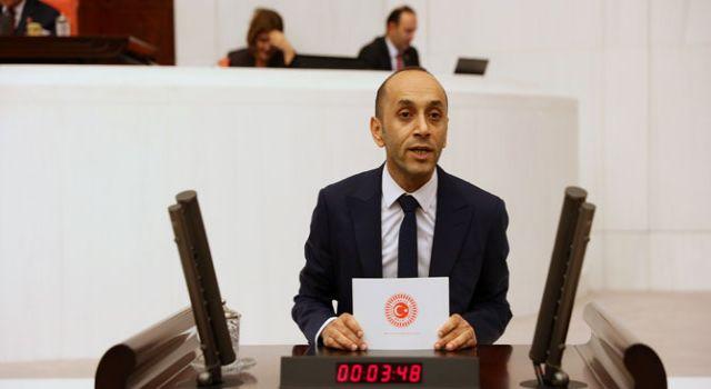 Sait Dede: Yüksekova Belediyesi, 190 liralık su sayacını vatandaşa 580 TL'den veriyor