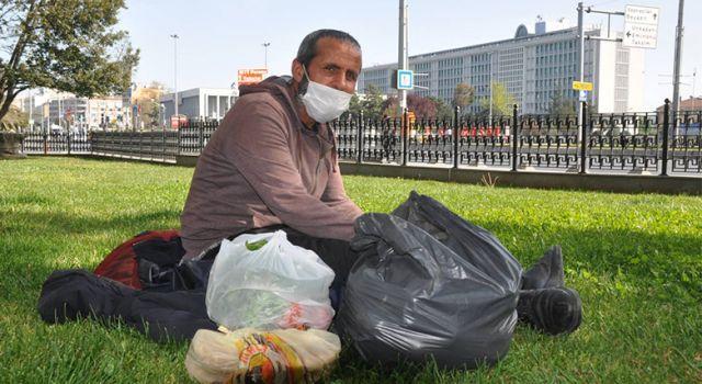 Tam kapanma İstanbul'da evsizleri ve seyyar satıcıları da vurdu