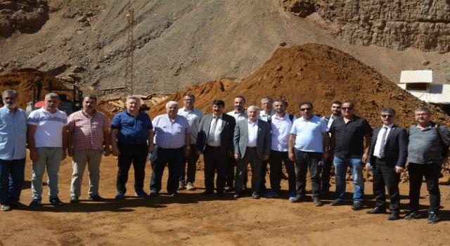 Başkan Özbek: Dağlarımızda çıkan bu cehferin bu zenginliğin ilimizde ve ülkemizde kalmasını istiyoruz.