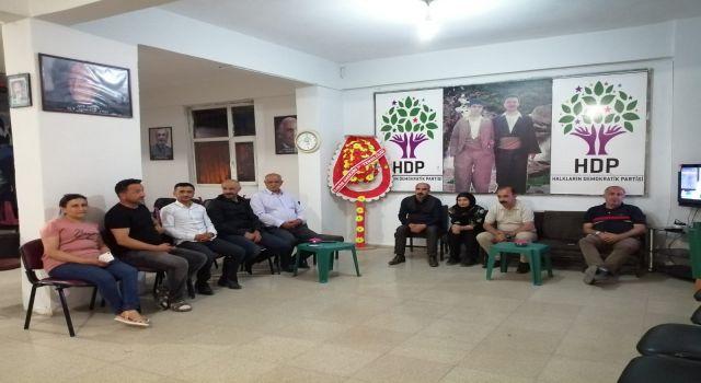 HDP Hakkari İl Binasında Nöbet Eylemi Sürüyor