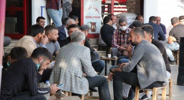Diyarbakır esnafı: Öcalan'la diyalog bitirildi, Türkiye battı
