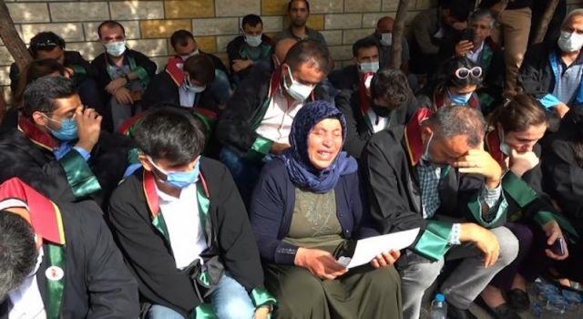 200 avukat cüppeleriyle Adalet Nöbeti'nde: Şenyaşar ailesinin talebi hepimizindir