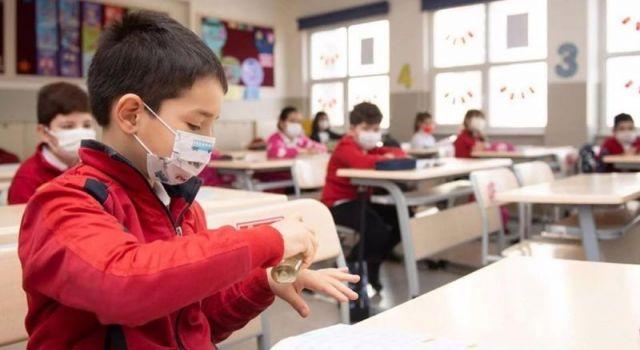 Eğitimde salgın tablosu: 872 okulda vaka tespit edildi, 774 sınıf kapatıldı