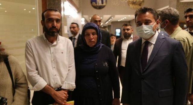 Babacan, Şenyaşar ailesi ile görüştü: Mücadele etmek lazım