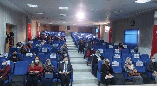Hakkari'de Mahremiyet ve Dijital Bağımlılık eğtimi
