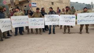 SOHR: Suriye'de militanlar 'maaşları ödemeyen' Türkiye'yi protesto etti