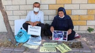 Emine Şenyaşar: İki evladım ve eşim hastanede katledildi, yardım istiyorum