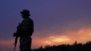 Askeri üsse silahlı saldırı