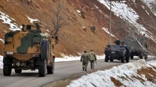Hakkari'de patlama: 3'ü ağır, 7 asker yaralandı