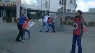 İl binası önünde eylem yapmak isteyen 3 öğrenci sürüklenerek götürüldü